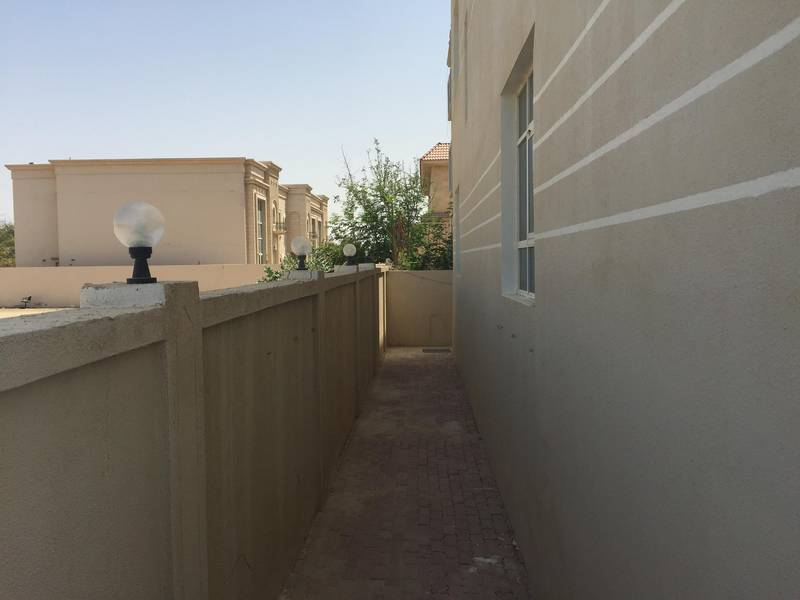 11 Charming Villa with ample parking for Rent
