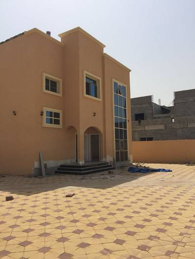 5 Bedroom Villa for Sale in Musherief, Ajman - villa for sale for local citizens