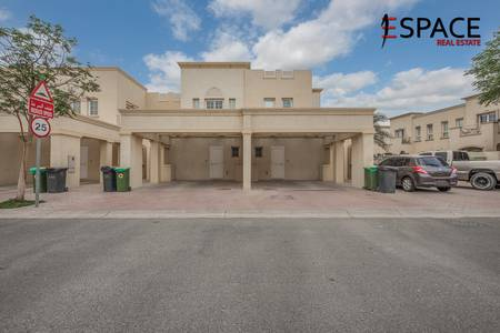 2 Bedroom Villa for Sale in The Springs, Dubai - Upgraded 4E Well Maintained Back to Back