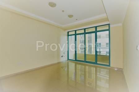 1 Bedroom Flat for Rent in Dubai Marina, Dubai - Huge 1Bed Apt|Chiller Free|Move in Ready