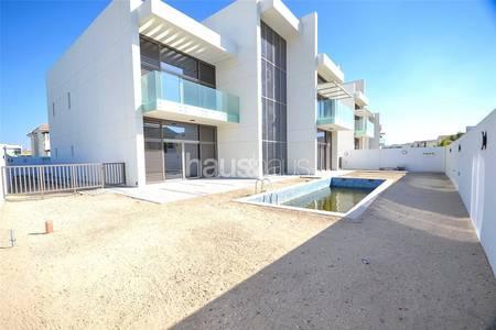 5 Bedroom Villa for Sale in Mohammad Bin Rashid City, Dubai - Huge Corner plot | Very Private | Vacant
