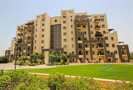 Studio for Rent in Remraam, Dubai - Well Maintained  | Large Studio | Vacant