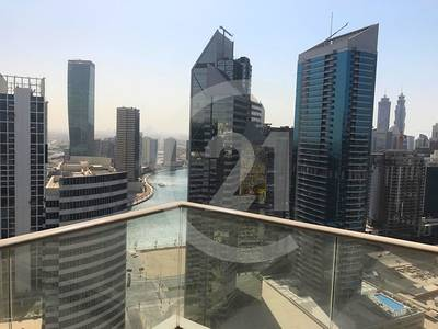 2 Bedroom Flat for Rent in Downtown Dubai, Dubai - Large 2 bedroom with Burj Khalifa and fountain view for rent.