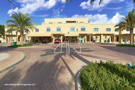 2 Bedroom Villa for Rent in Al Reef, Abu Dhabi - Amazing 2+1 Villa Single Row with Garden