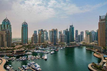 2 Bedroom Apartment for Rent in Dubai Marina, Dubai - Exclusive 2 Beds | Cayan Tower | Marina View | Available in December