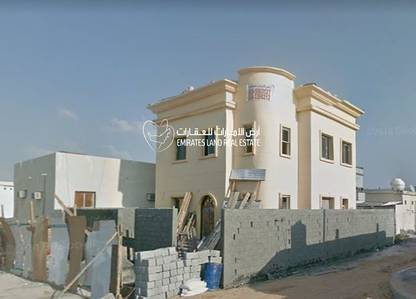 3 Bedroom Villa for Rent in Al Sabkha, Sharjah - 3 Bedroom Villa in Umm khannor