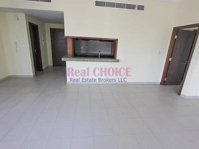 1 Bedroom Flat for Rent in Downtown Dubai, Dubai - Spacious 1BR Mid Floor Apt | Pool View