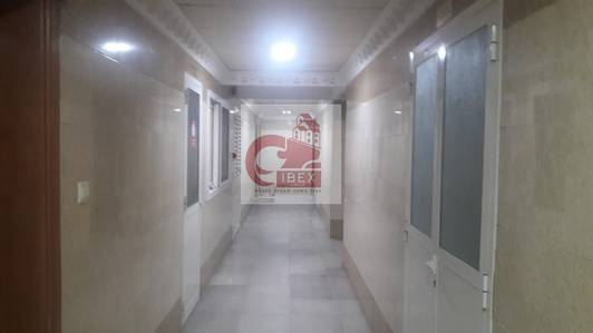 Studio for Rent in Muwailih Commercial, Sharjah - Very Cheapest Studio Flat Available Just in 14-K Central Ac Full Family Area And Building Muwaileh