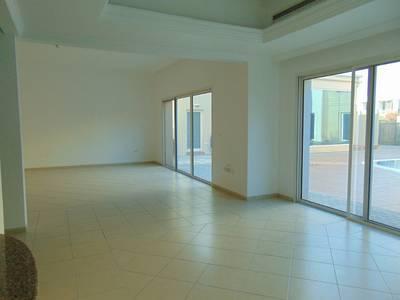 4 Bedroom Villa for Rent in Al Safa, Dubai - Corner Villa with huge private Garden | Free 2 Weeks Period