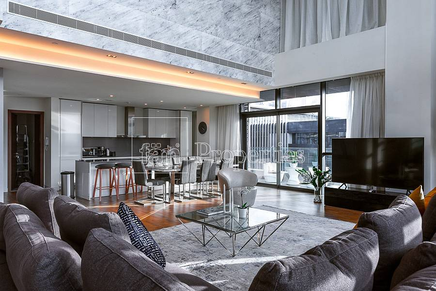 Magnificent| Duplex with Boulevard Views