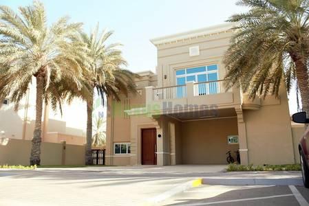 4 Bedroom Villa for Rent in Marina Village, Abu Dhabi - Water Edge Four BR Villa In Abu Dhabi .!