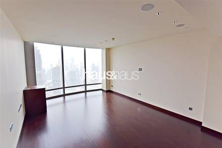 1 Bedroom Apartment for Rent in Downtown Dubai, Dubai - Beautiful View| Large Layout | Available