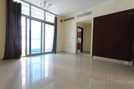 Studio for Rent in Dubai Marina, Dubai - Unfurnished Studio with Full Marina View