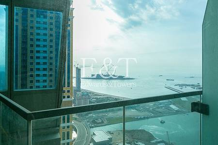 2 Bedroom Apartment for Rent in Dubai Marina, Dubai - High Floor with Marina and Partial Sea View