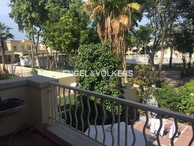 3 Bedroom Villa for Rent in The Springs, Dubai - Pool view | 3BR Upgraded 2M | Springs 14