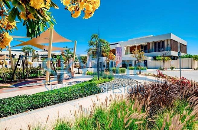 10 4-bedroom-villa-west-yas-yas-island-abudhabi-uae