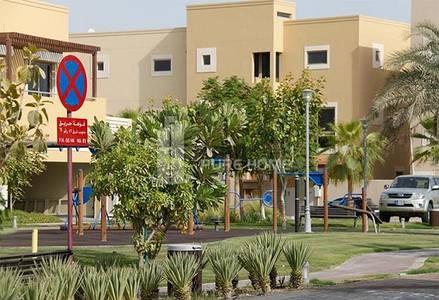 4 Bedroom Villa for Rent in Al Raha Golf Gardens, Abu Dhabi - Huge 4BR Villa With Private Pool For Rent.