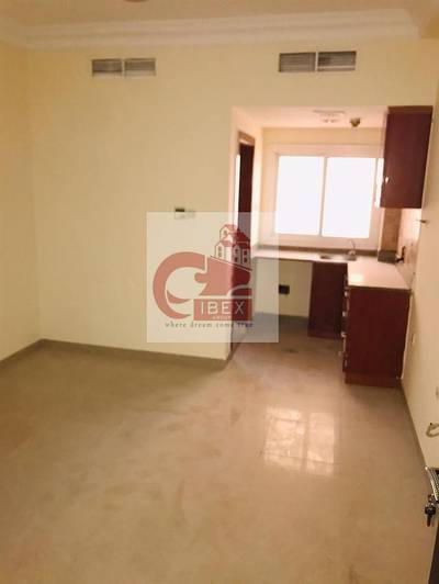 Studio for Rent in Muwailih Commercial, Sharjah - Gorgeous Offer Studio Flat Available Just In 13-K Central Ac good location Muwaileh Call