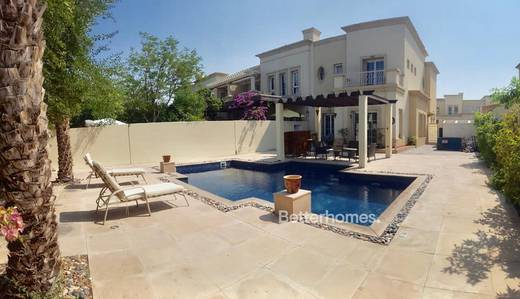 3 Bedroom Villa for Rent in The Springs, Dubai - Private Pool - Corner Unit - 3 Bed+Study