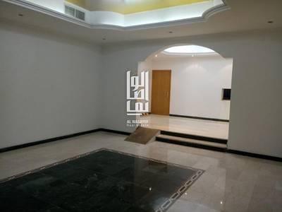 5 Bedroom Villa for Rent in Jumeirah, Dubai - 5 BED RENOVATED INDEPENDENT VILLA!!
