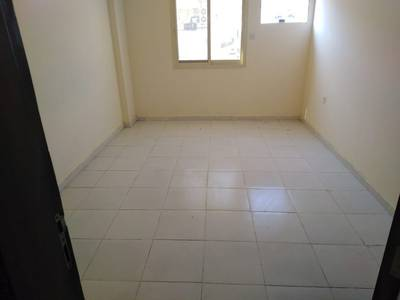Labour Camp for Rent in Al Jurf, Ajman - Big 198 Labor rooms available for rent for company staff