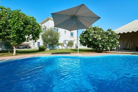 4 Bedroom Villa for Sale in Umm Al Sheif, Dubai - Own A Villa in Umm Al Sheif - Great Quality