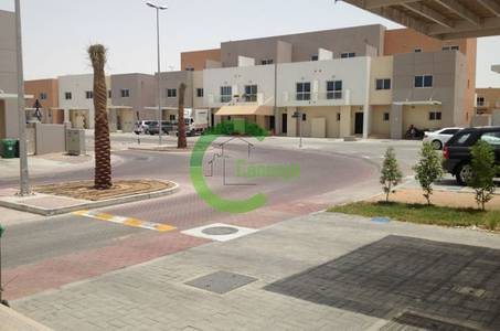 4 Bedroom Villa for Sale in Al Reef, Abu Dhabi - BEST Corner 4BR villa Price in Al Reef!!
