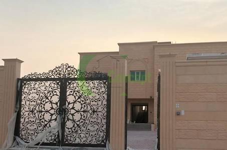 6 Bedroom Villa for Sale in Al Shamkha South, Abu Dhabi - First User!Amazing 6BR Villa