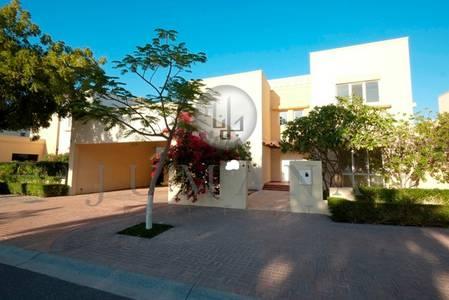 5 Bedroom Villa for Rent in The Meadows, Dubai - Meadows 5 Bedroom  Maid villa Type 13 Next To lake