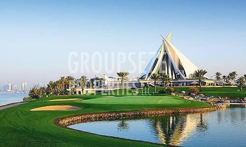 4 Bedroom Villa for Rent in Al Garhoud, Dubai - 4BR Villa for Rent in Emirates Golf Club Golf Course View