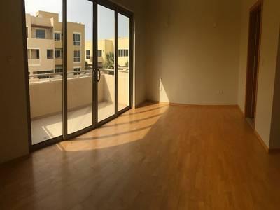 4 Bedroom Villa for Rent in Al Raha Gardens, Abu Dhabi - Beautiful 4BR apt with Garden. . . . .