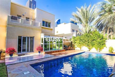 5 Bedroom Villa for Rent in The Meadows, Dubai - Exclusive w me| Extended w. pool| 15 Dec