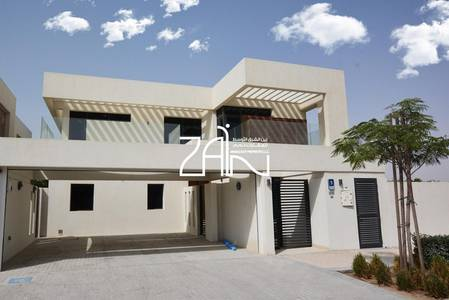 5 Bedroom Villa for Rent in Yas Island, Abu Dhabi - Luxurious 5BR Villa Corner with Big Plot
