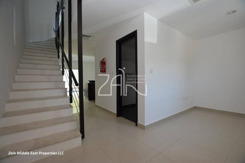 2 Vacant Modified 2+M BR Villa Single Row