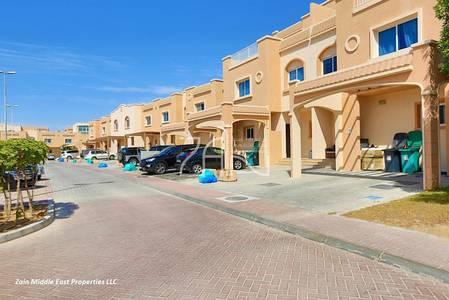 5 Bedroom Villa for Sale in Al Reef, Abu Dhabi - Corner 5BR Villa with Pool Nice Location