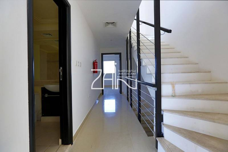 2 Hot Price Lovely 3 BR Villa with Terrace
