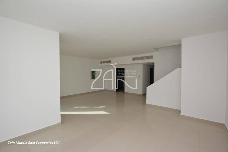 2 Single Row Corner 5+1+M Villa with Pool