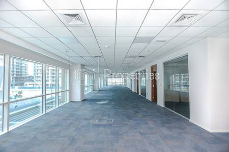 Floor for Rent in Business Bay, Dubai - Fitted Full Floor| 37 Parking|Bay Square