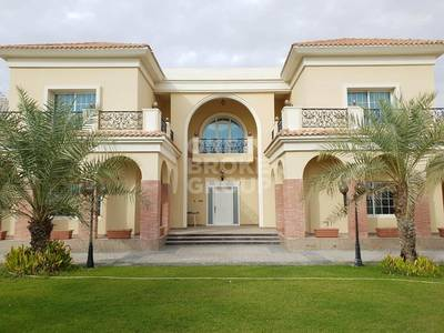 4 Bedroom Villa for Rent in Al Khawaneej, Dubai - Luxury 5BR w 2 Kitchen and Marble Flooring
