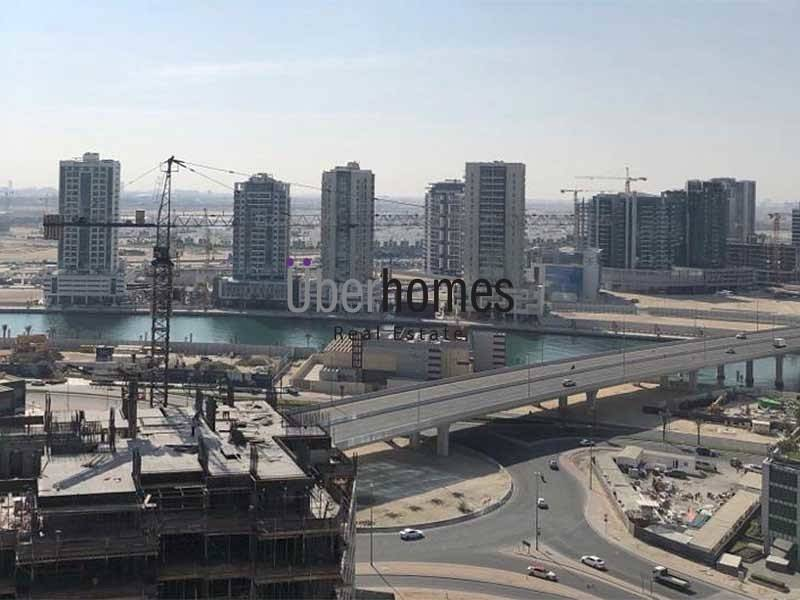 10 Semi furnished 1 bedroom with Canal view