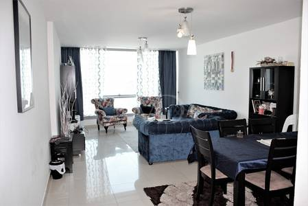 2 Bedroom Flat for Sale in Al Reem Island, Abu Dhabi - Sky views from the very best 2+M layout.