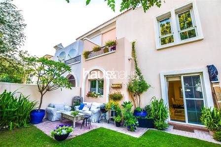 3 Bedroom Villa for Rent in Arabian Ranches, Dubai - Next to Pool   White Kitchen   Extended!
