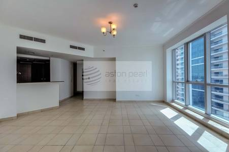 2 Bedroom Apartment for Sale in Dubai Marina, Dubai - On High Floor - 2 Bedrooms - Marina View