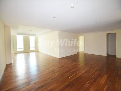 3 Bedroom Flat for Rent in DIFC, Dubai - Move In Ready 3 BR