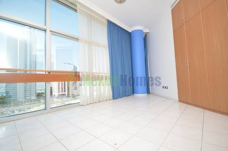 4 Bedroom Apartment for Rent in Al Nasr Street, Abu Dhabi - Four BR Duplex Penthouse Full Sea View