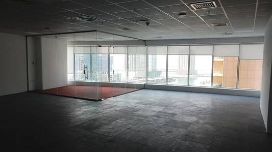 Office for Sale in Business Bay, Dubai - Lake View Fitted Office for Sale with 3 Parking Space