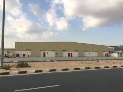 Warehouse for Rent in Emirates Industrial City, Sharjah - 4 warehouse for rent in emirates industrial area block 3