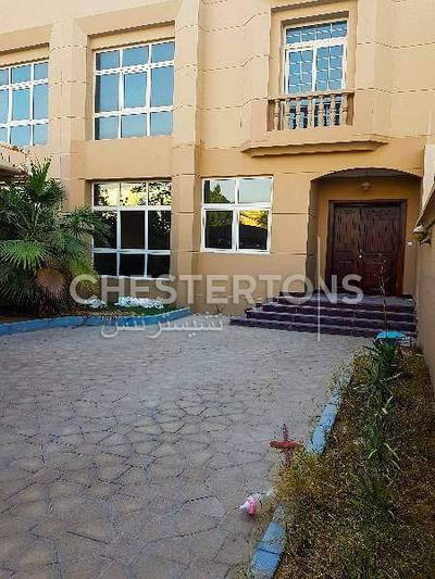 5 Bedroom Villa for Rent in Khalifa City A, Abu Dhabi - Private Well Maintained Extended Kitchen