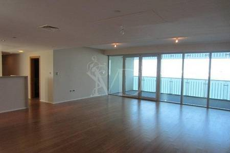 4 Bedroom Apartment for Sale in Al Raha Beach, Abu Dhabi - Wake up with this magnificent sea view!