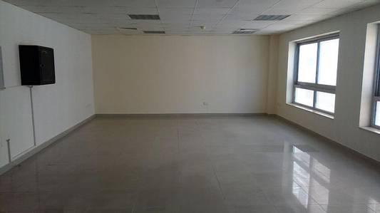 Office for Rent in Al Barsha, Dubai - BRIGHT READY OFFICE | 600SQFT 54K 4 CHEQS |1 MIN WALK TO MOE